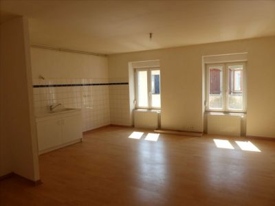 APPARTEMENT 3 PIECES - 58,50 m² - SAINT HIPPOLYTE