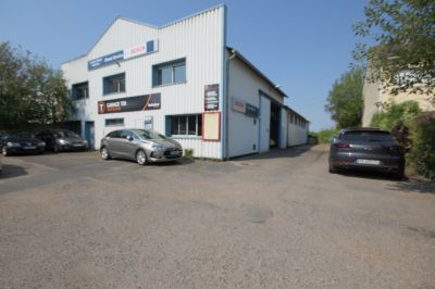 Local commercial ZA des Boutries Conflans Sainte Honorine 750 m2