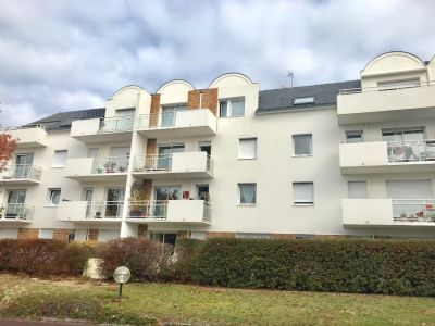 VANNES : ASCENSEUR - CAVE ET PARKING  45.34 m2