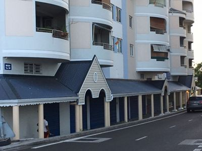 Local commercial Fort De France  80 m2